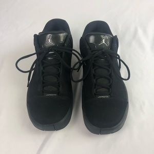Jordan's TE 3 - Triple black